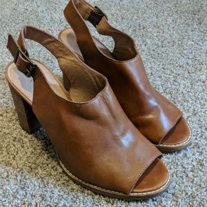 Madewell leather peep toe heeled chunky booties